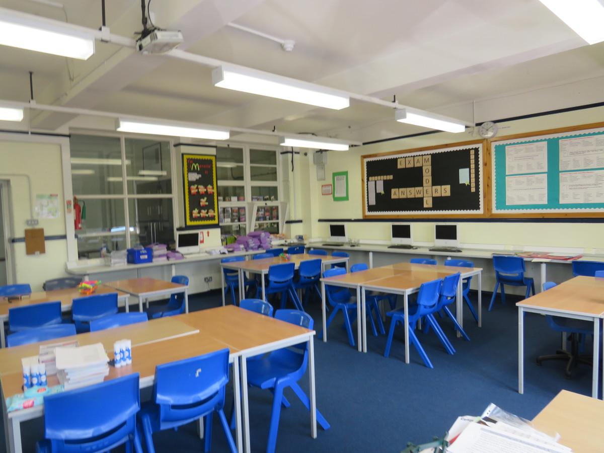 Classrooms - Portchester Community School - Hampshire - 2 - SchoolHire