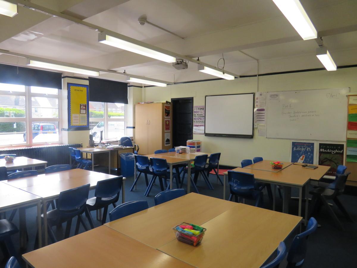 Classrooms - Portchester Community School - Hampshire - 4 - SchoolHire