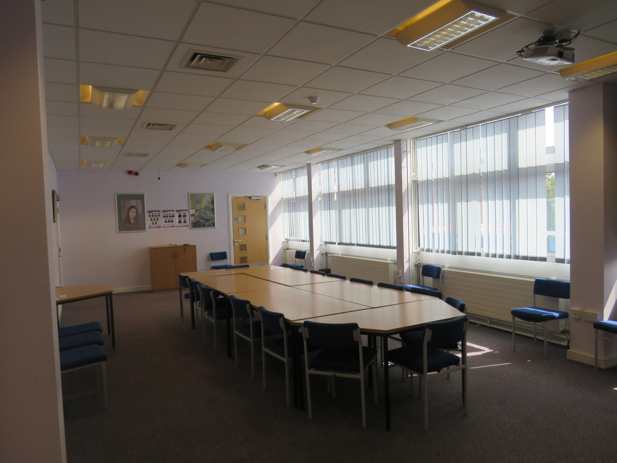 Conference Room - Portchester Community School - Hampshire - 3 - SchoolHire