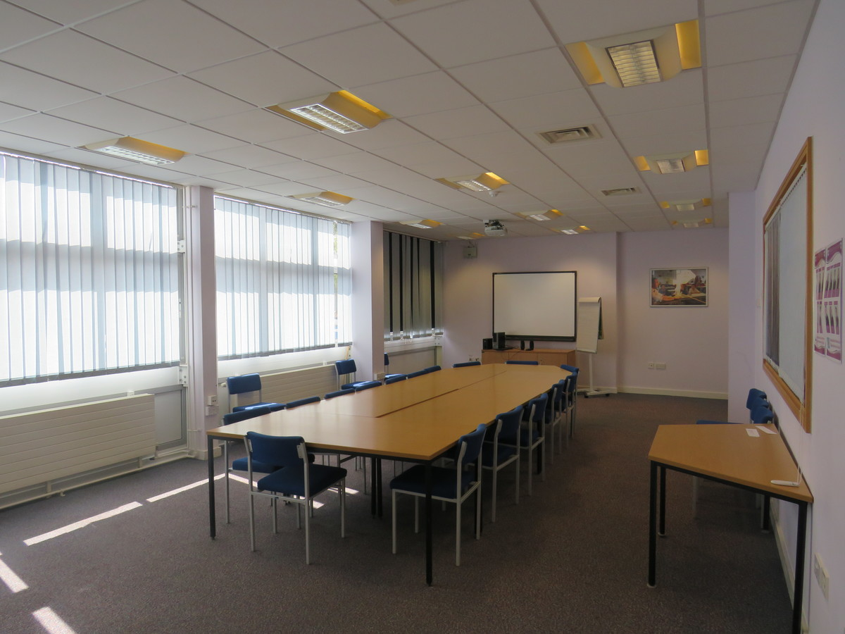 Conference Room - Portchester Community School - Hampshire - 4 - SchoolHire