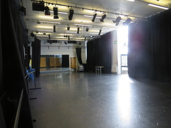 Dance Studio - Portchester Community School - Hampshire - 4 - SchoolHire