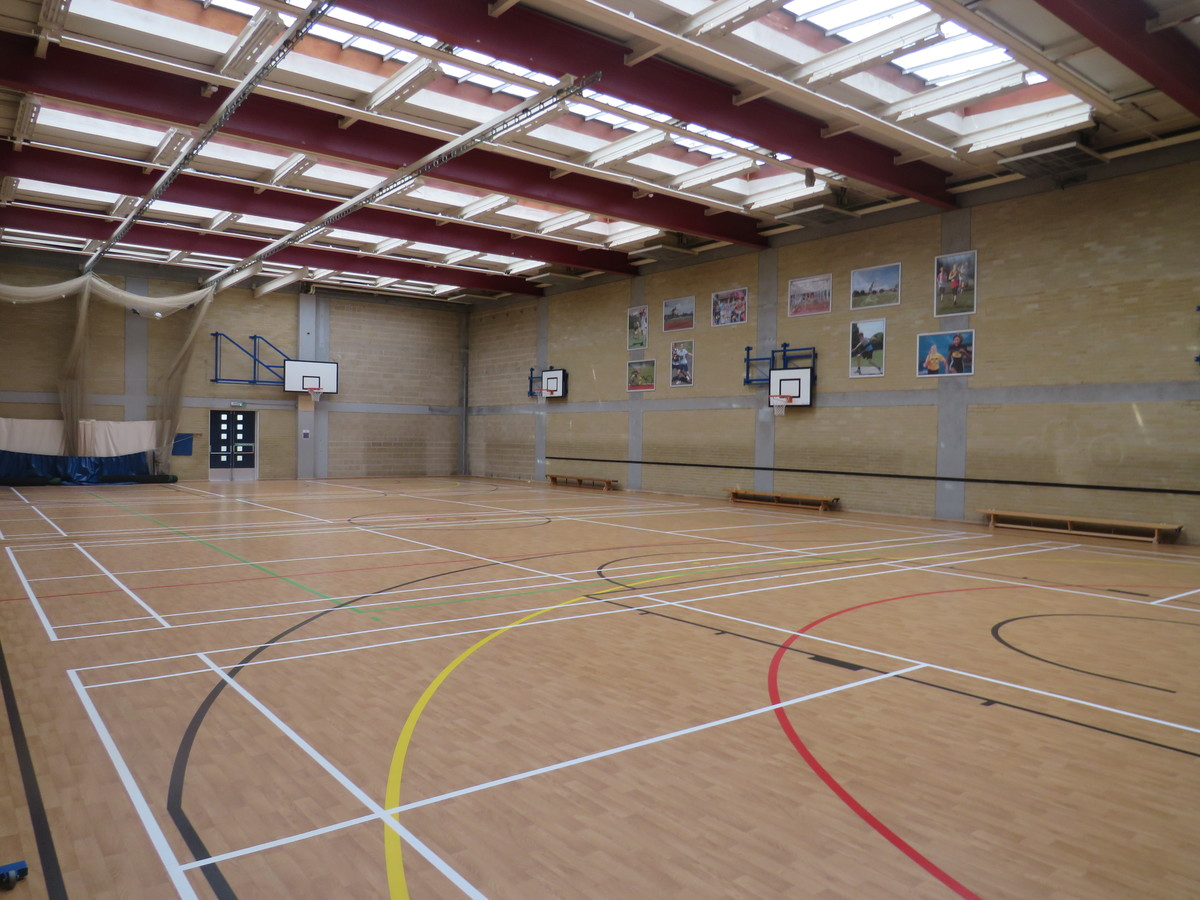 Sports Hall - Portchester Community School - Hampshire - 1 - SchoolHire