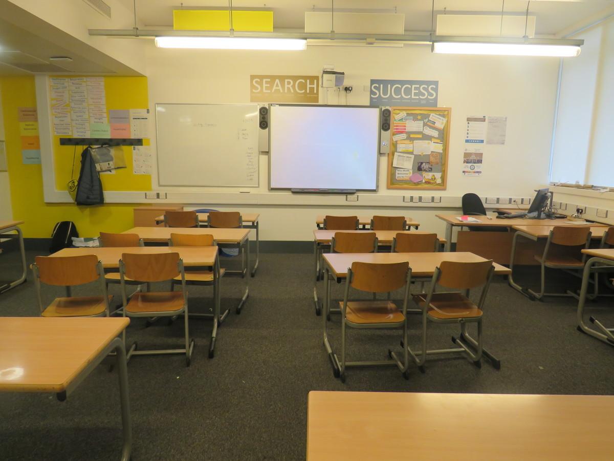 Classroom - Standard - Heartlands High School - Haringey - 1 - SchoolHire