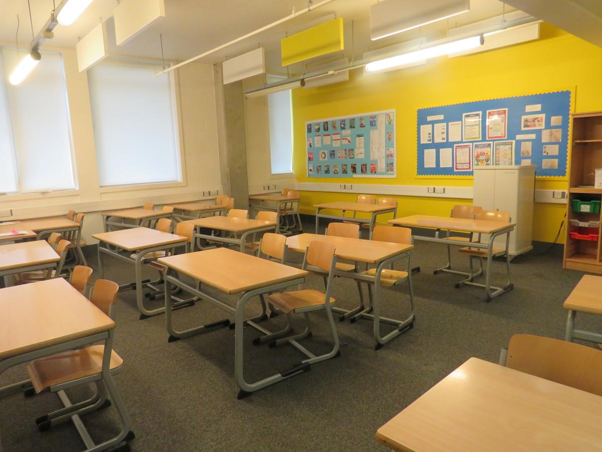 Classroom - Standard - Heartlands High School - Haringey - 2 - SchoolHire