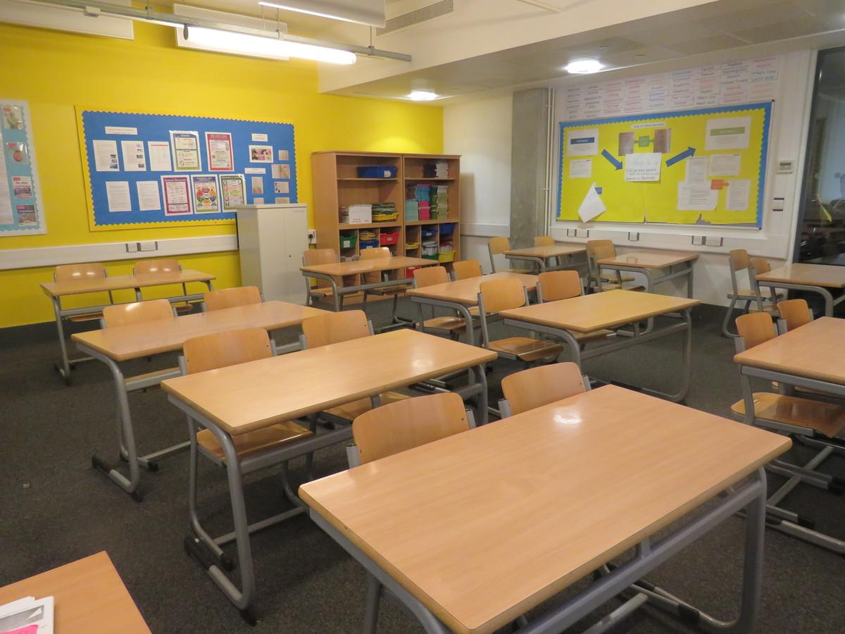 Classroom - Standard - Heartlands High School - Haringey - 4 - SchoolHire