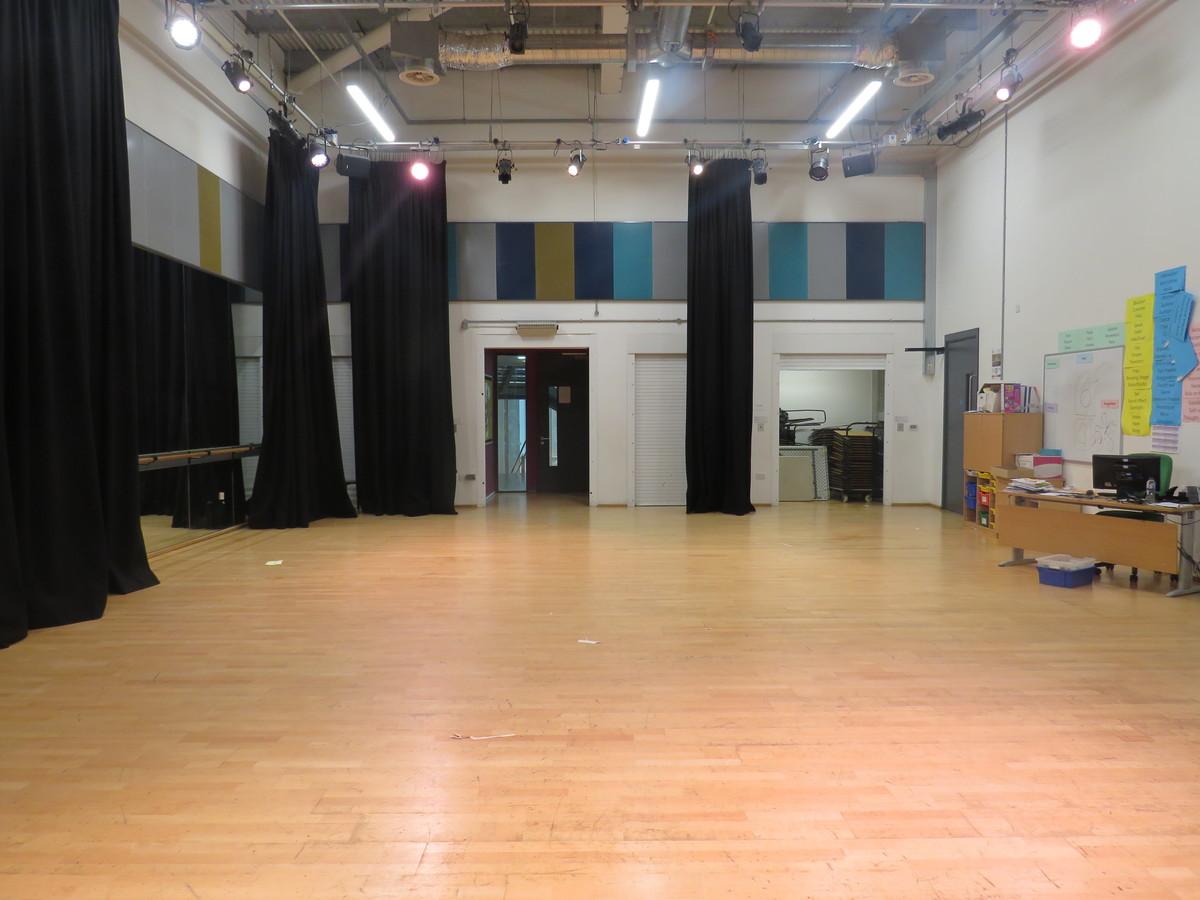Dance/Drama Studio - Heartlands High School - Haringey - 3 - SchoolHire