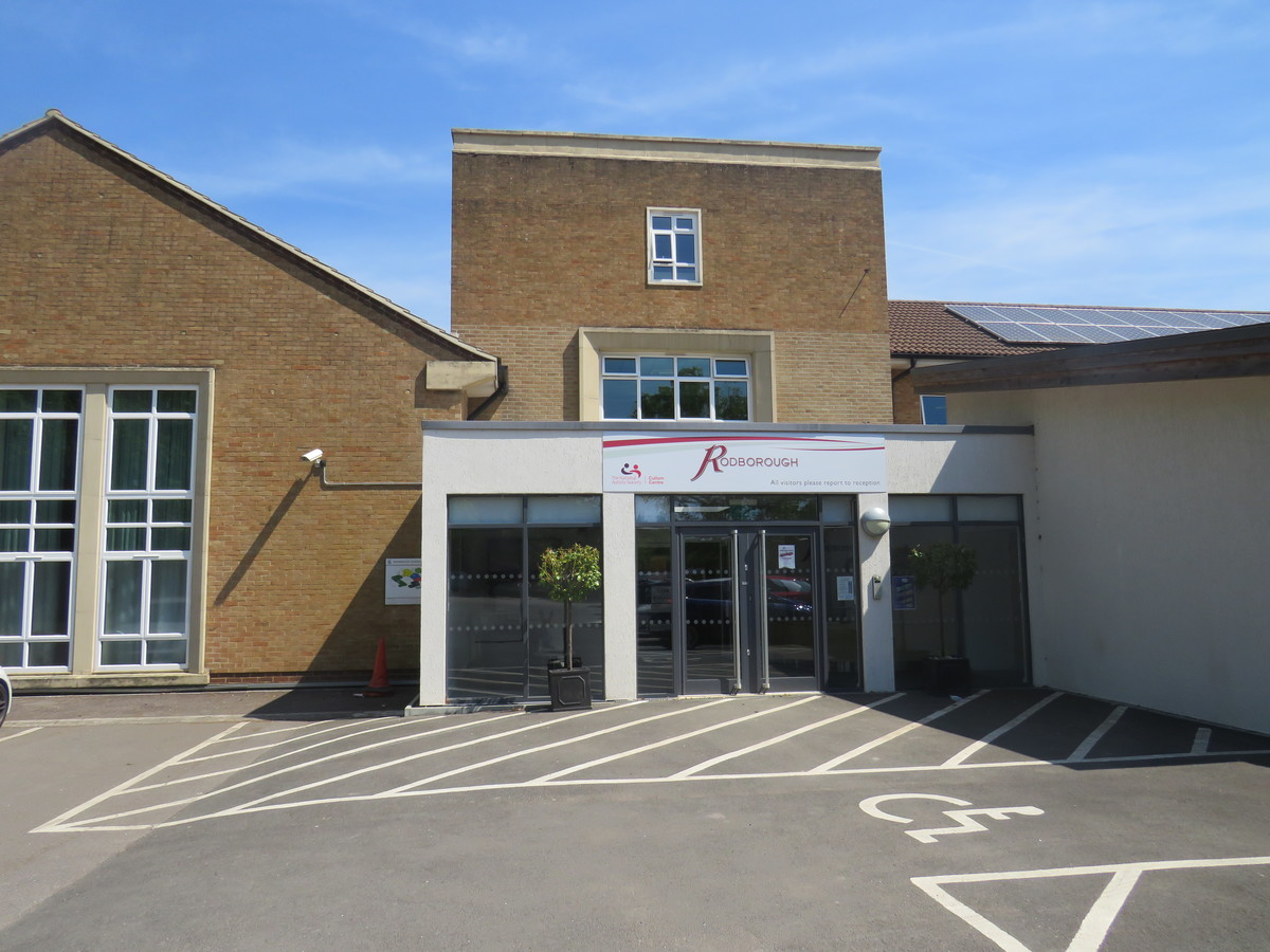Rodborough School - Surrey - 1 - SchoolHire