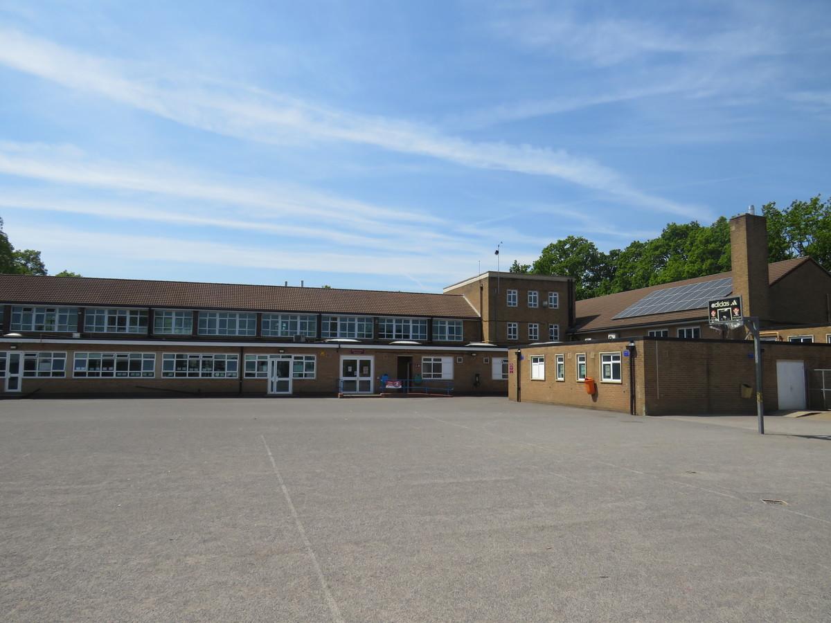 Rodborough School - Surrey - 4 - SchoolHire