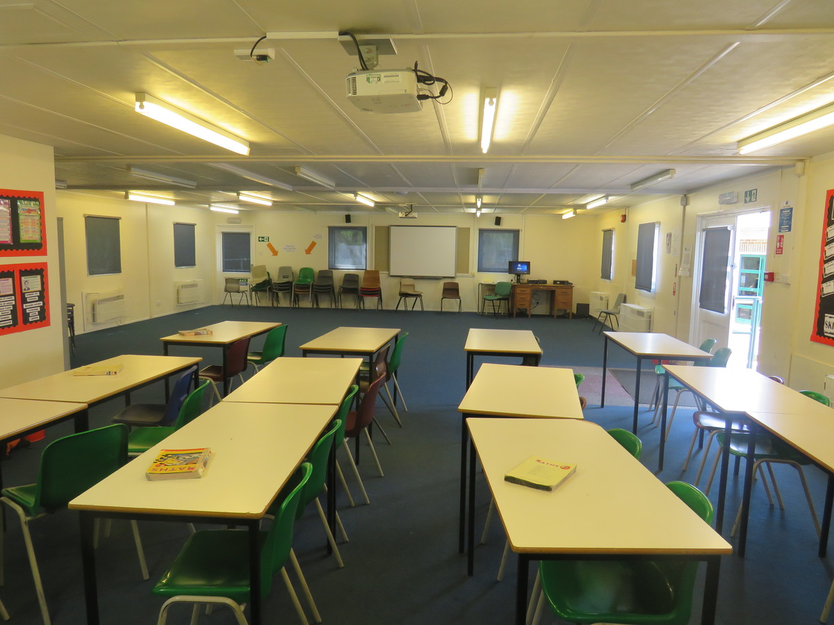Drama Room/Studio - Rodborough School - Surrey - 4 - SchoolHire