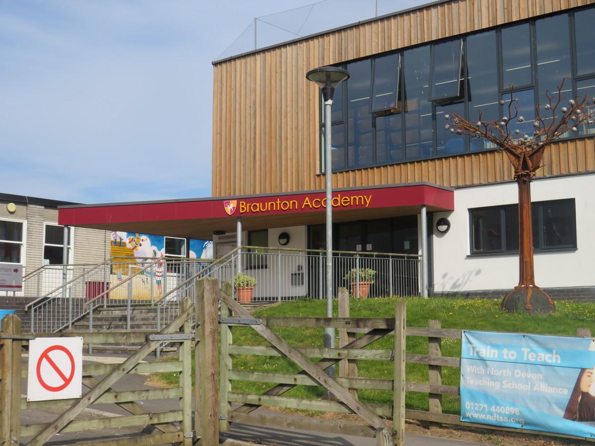 Braunton Academy - Devon - 2 - SchoolHire