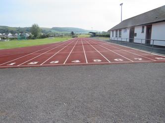Athletic Track - Braunton Academy - Devon - 2 - SchoolHire