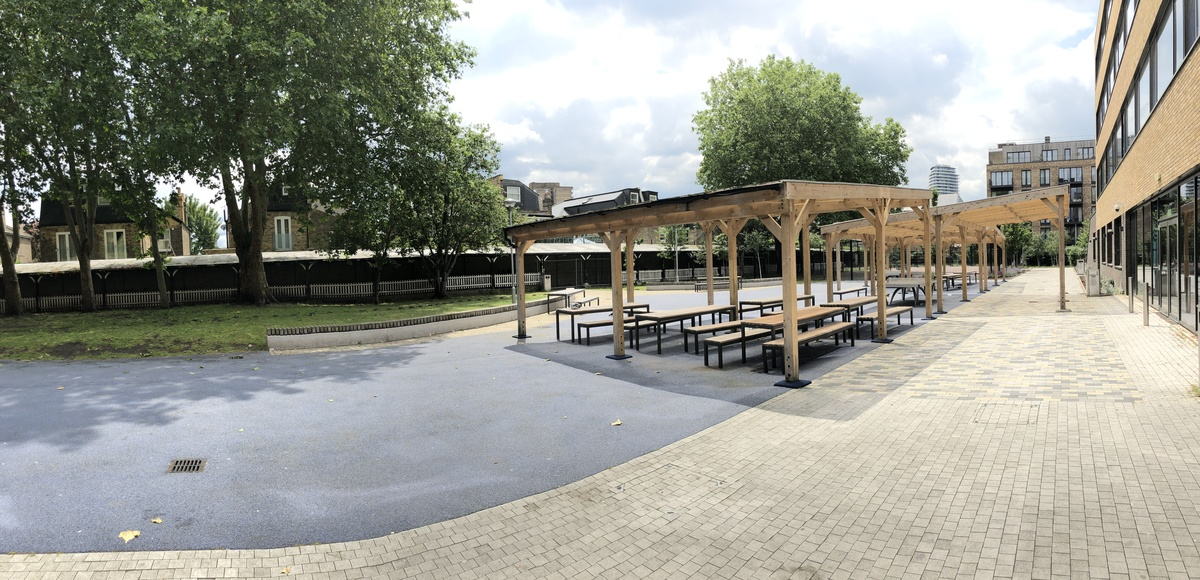 Outdoor Garden - St John Bosco College - Wandsworth - 1 - SchoolHire