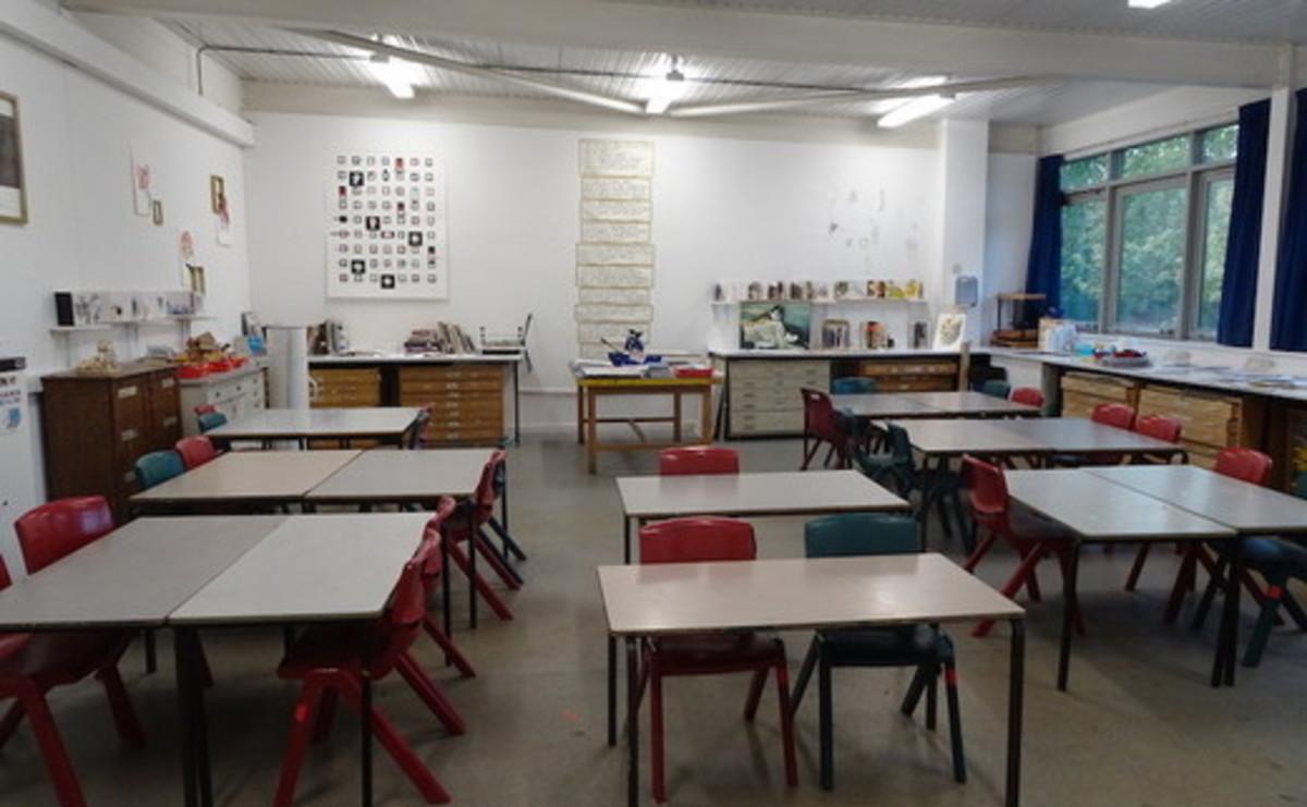 Specialist Classroom - Art Room  - SLS @ Ark Burlington Danes Academy - Hammersmith and Fulham - 2 - SchoolHire