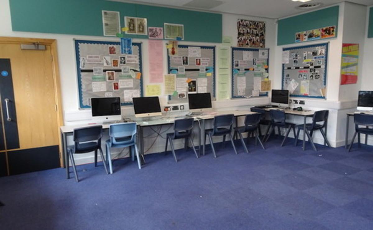 Specialist Classroom - Music Room  - SLS @ Ark Burlington Danes Academy - Hammersmith and Fulham - 1 - SchoolHire