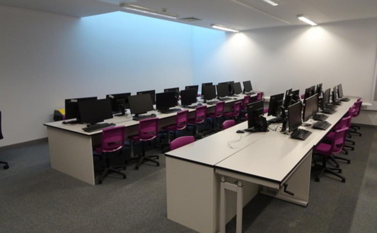 Specialist Classroom - IT Suite  - SLS @ Ark Elvin Academy - Brent - 1 - SchoolHire
