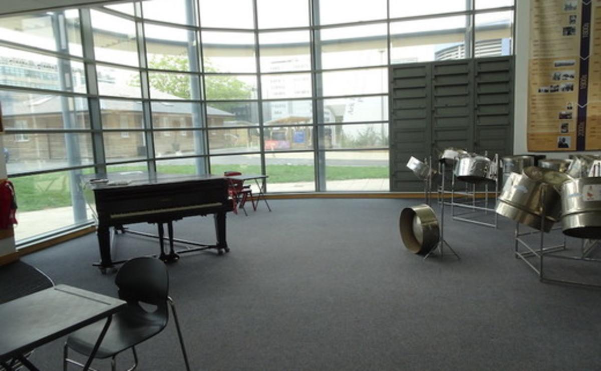 Atrium - Performing Arts Atrium  - SLS @ Ark Burlington Danes Academy - Hammersmith and Fulham - 2 - SchoolHire