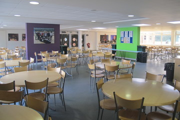 Dining Restaurant - Slough & Eton College - Slough - 2 - SchoolHire