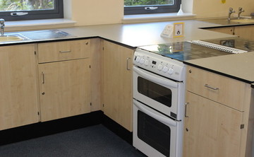 Specialist Classroom - Cookery Room - SLS @ Barnsley Academy - Barnsley - 2 - SchoolHire