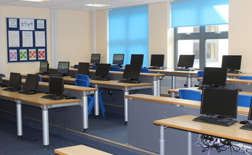 Specialist Classroom - IT Suite  - SLS @ Barnsley Academy - Barnsley - 1 - SchoolHire