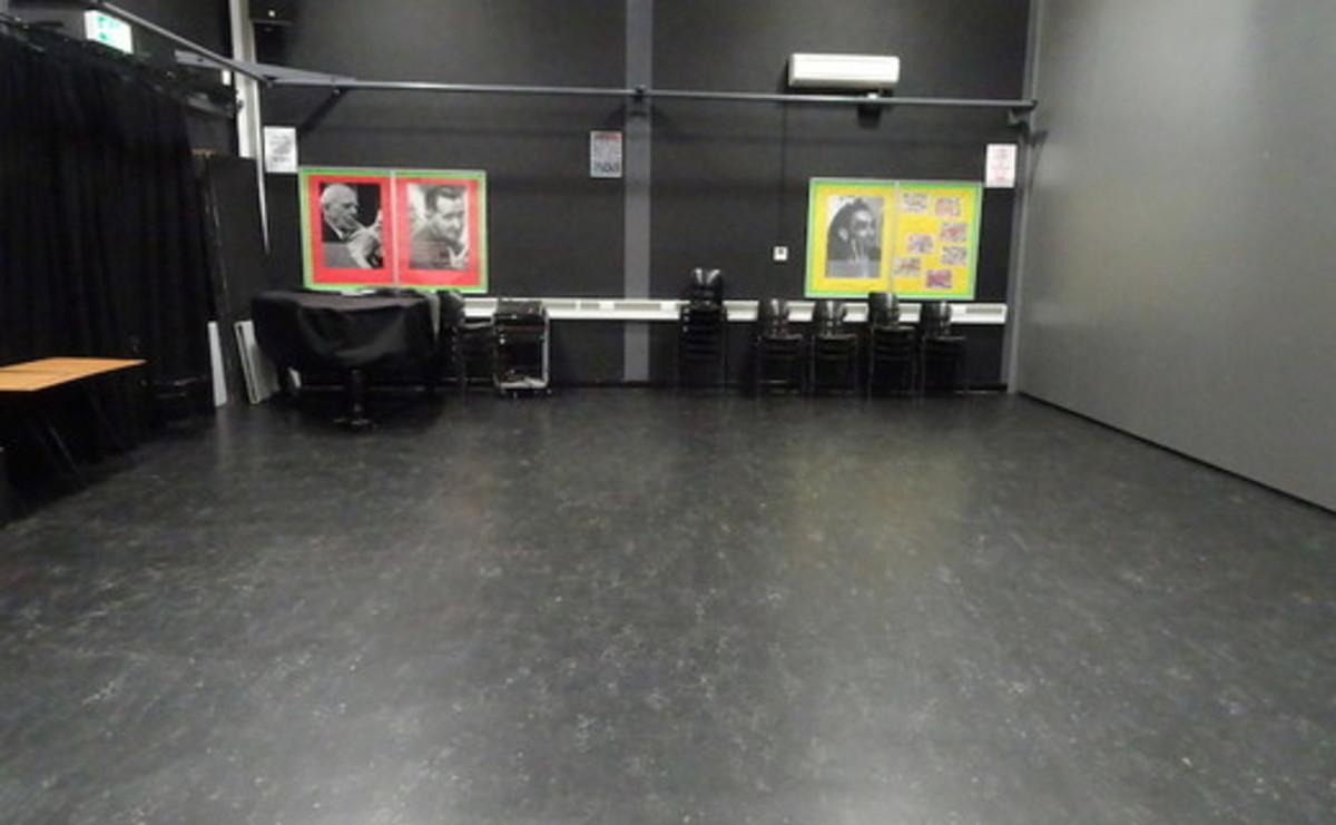 Drama Studio - 01 - SLS @ Bishop Challoner Catholic Federation of Schools - Tower Hamlets - 2 - SchoolHire