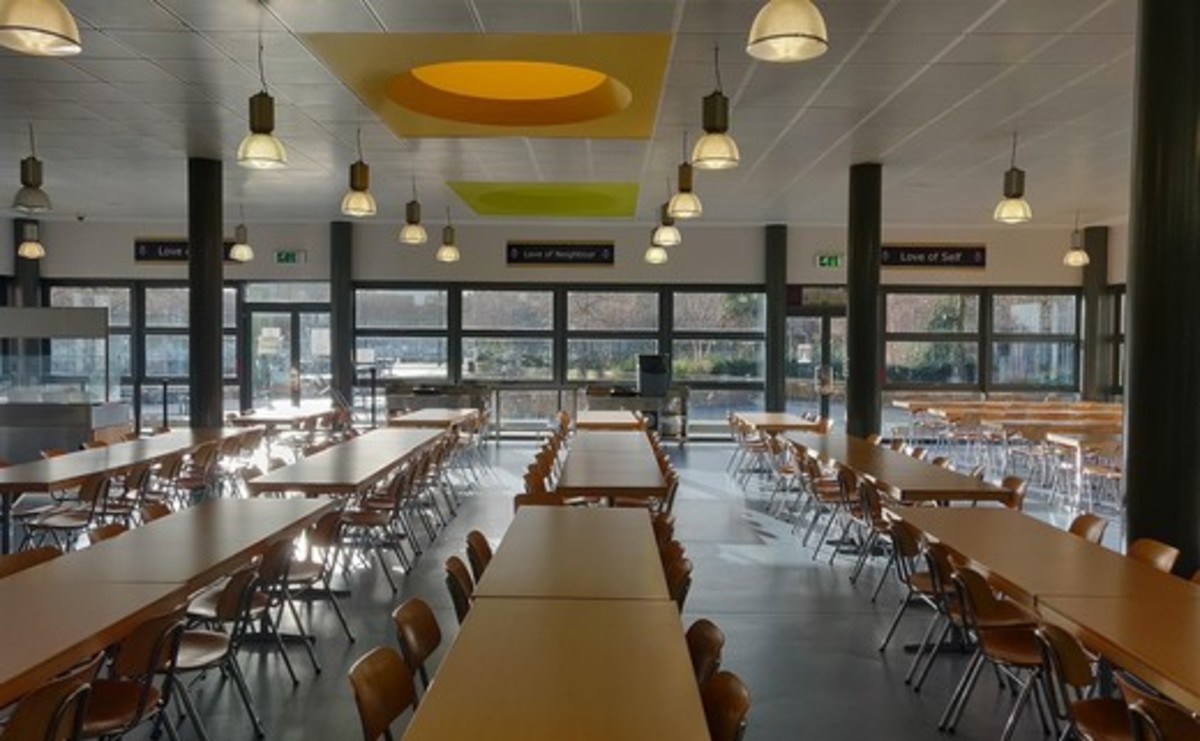 Dining Room - SLS @ Bishop Challoner Catholic Federation of Schools - Tower Hamlets - 2 - SchoolHire