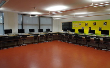 Specialist Classroom - Music Room - SLS @ Bishop Challoner Catholic Federation of Schools - Tower Hamlets - 1 - SchoolHire