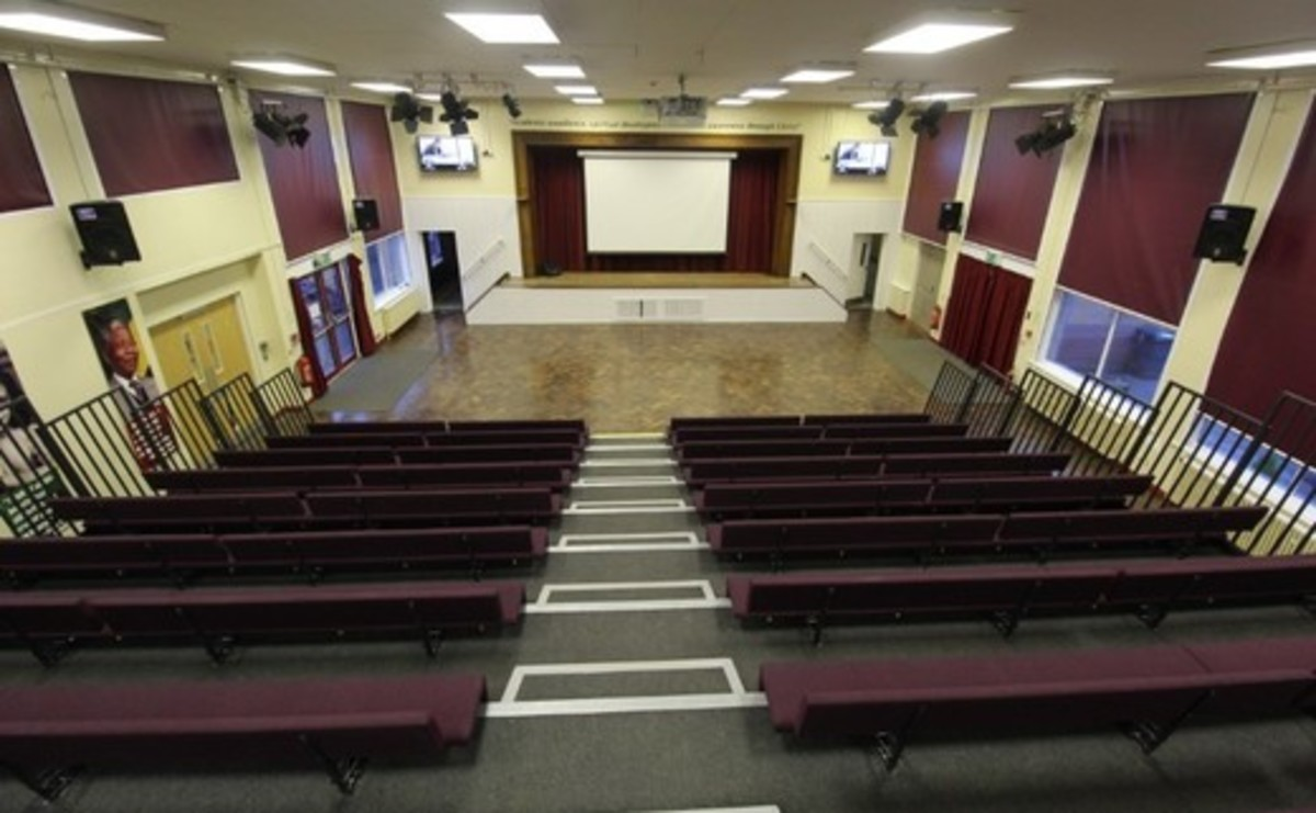 Main Hall - SLS @ Blessed Robert Sutton Catholic Voluntary Academy - Staffordshire - 3 - SchoolHire