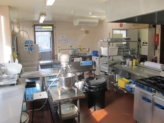 Kitchen - The Totteridge Academy - Barnet - 2 - SchoolHire