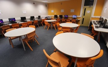 Specialist Classroom - IT Suite - SLS @ Blessed Robert Sutton Catholic Voluntary Academy - Staffordshire - 2 - SchoolHire