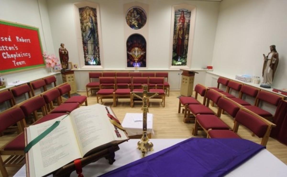 Specialist Classroom - Chapel - SLS @ Blessed Robert Sutton Catholic Voluntary Academy - Staffordshire - 1 - SchoolHire