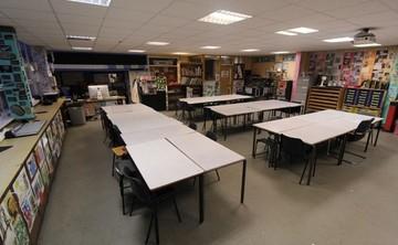 Specialist Classroom - Art Room - SLS @ Blessed Robert Sutton Catholic Voluntary Academy - Staffordshire - 2 - SchoolHire