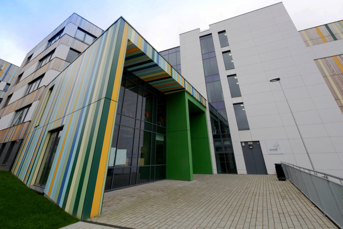 SLS @ Crest Academy - Brent - 1 - SchoolHire