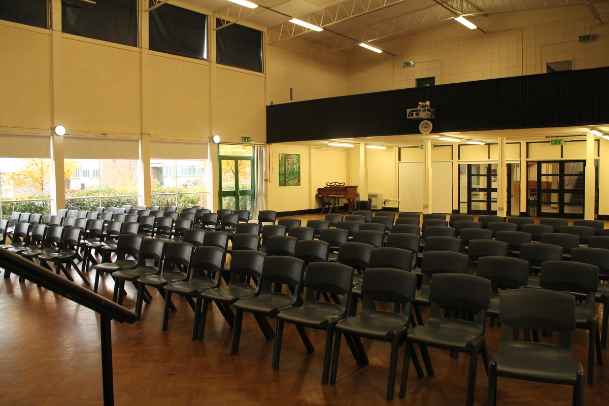Main Hall - The Totteridge Academy - Barnet - 4 - SchoolHire