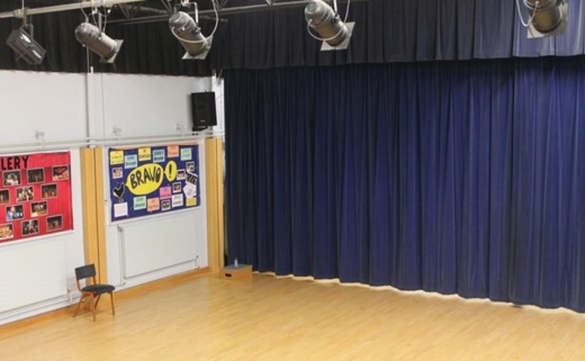 Drama/ Dance Studio - SLS @ Cardinal Allen Catholic High School - Lancashire - 2 - SchoolHire