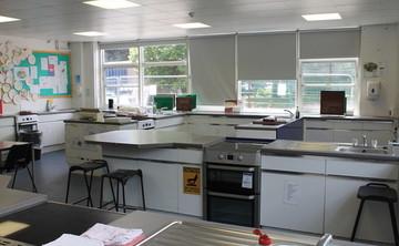 Specialist Classroom - Cookery Room - SLS @ Chalfonts Community College - Buckinghamshire - 1 - SchoolHire