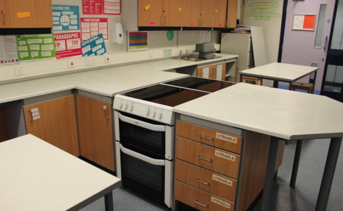 Specialist Classroom - Cooking Room - SLS @ Chorlton High School - Manchester - 1 - SchoolHire