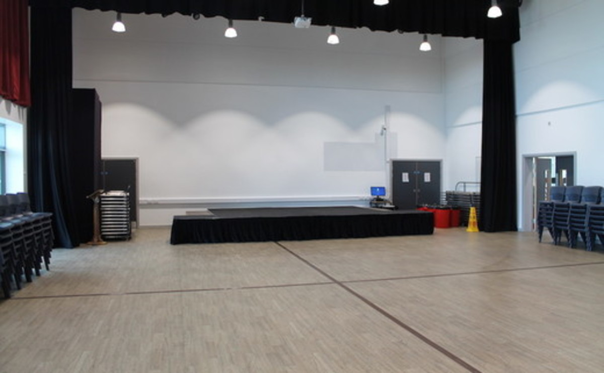 Main Hall  - SLS @ Duchesss Community High School - Northumberland - 2 - SchoolHire