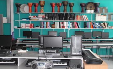 Specialist Classroom - Music Room - SLS @ Duchesss Community High School - Northumberland - 2 - SchoolHire