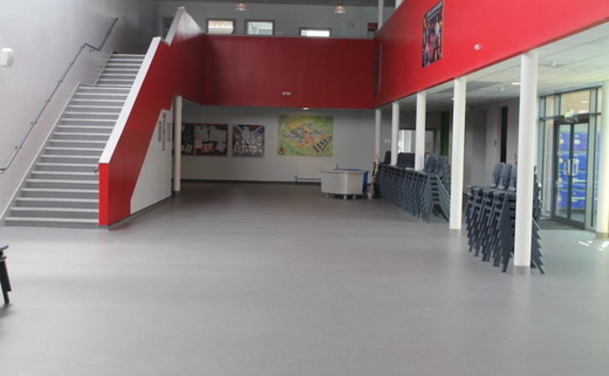 Dining Room - SLS @ Duchesss Community High School - Northumberland - 2 - SchoolHire