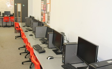 Specialist Classroom - IT Suite - SLS @ Duchesss Community High School - Northumberland - 2 - SchoolHire