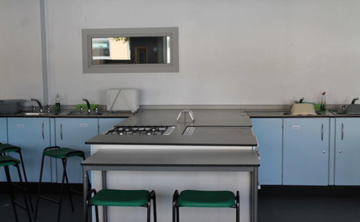 Specialist Classroom - Cookery Room  - SLS @ Duchesss Community High School - Northumberland - 2 - SchoolHire
