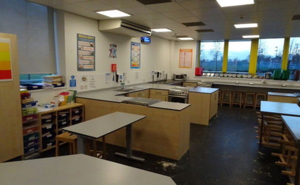 Cookery Room - SLS @ East Manchester Academy - Manchester - 2 - SchoolHire
