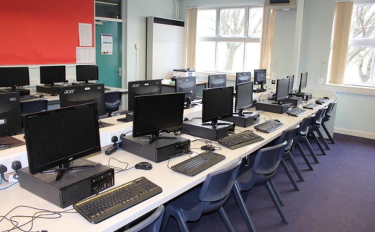 Specialist Classrooms - IT Suite  - SLS @ Egglescliffe School - Northumberland - 1 - SchoolHire