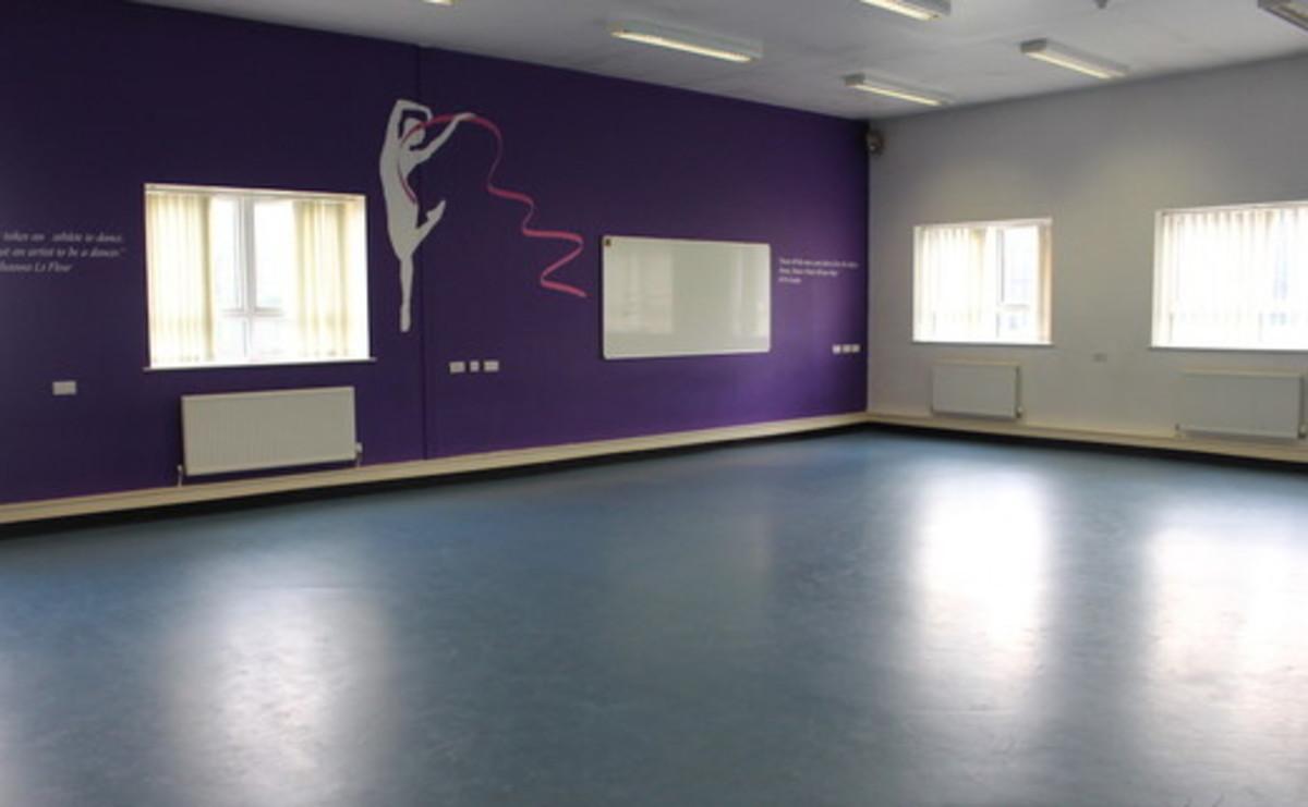Dance Studio  - SLS @ Flixton Girls School - Manchester - 1 - SchoolHire