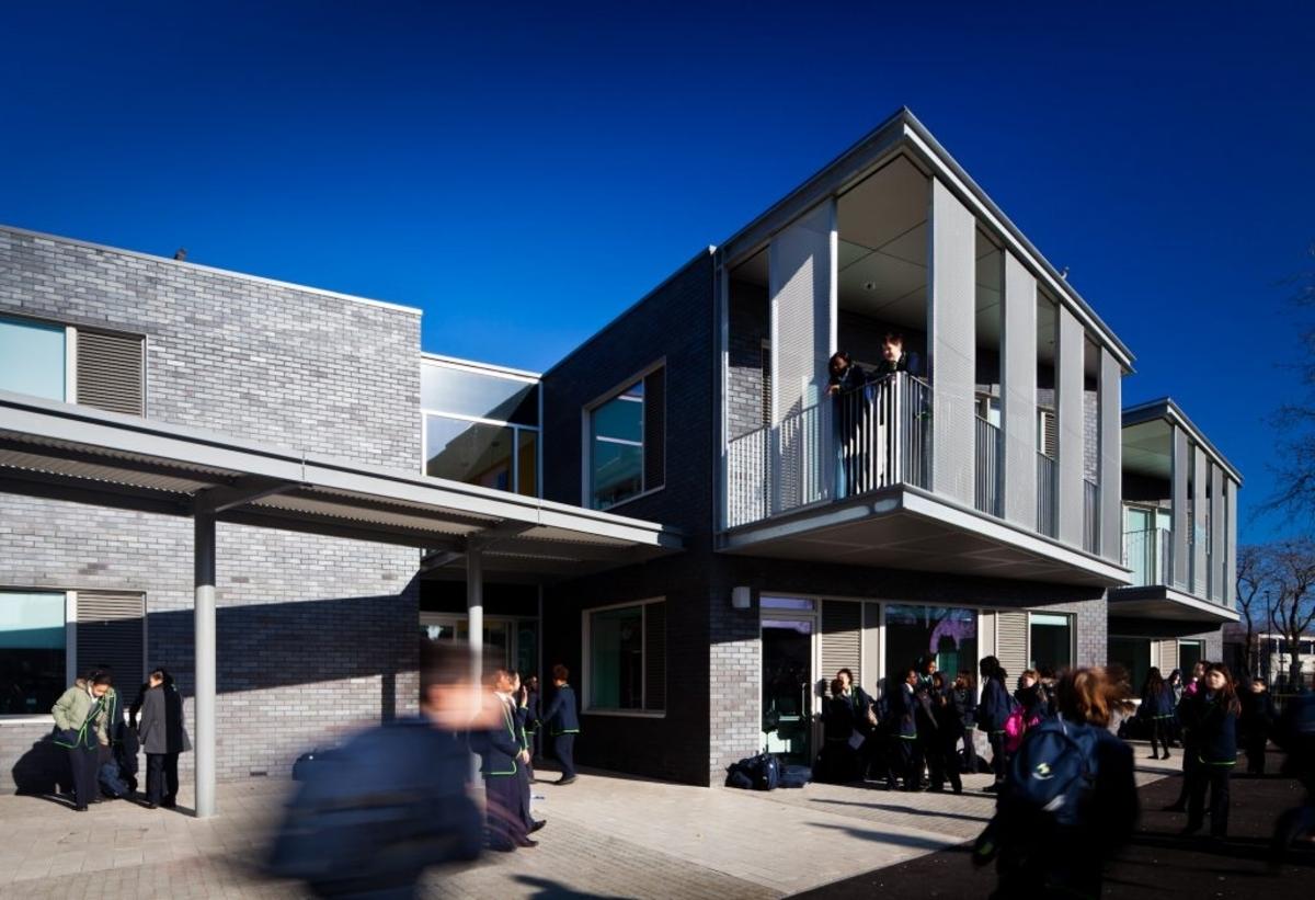 SLS @ Haggerston School - Hackney - 2 - SchoolHire