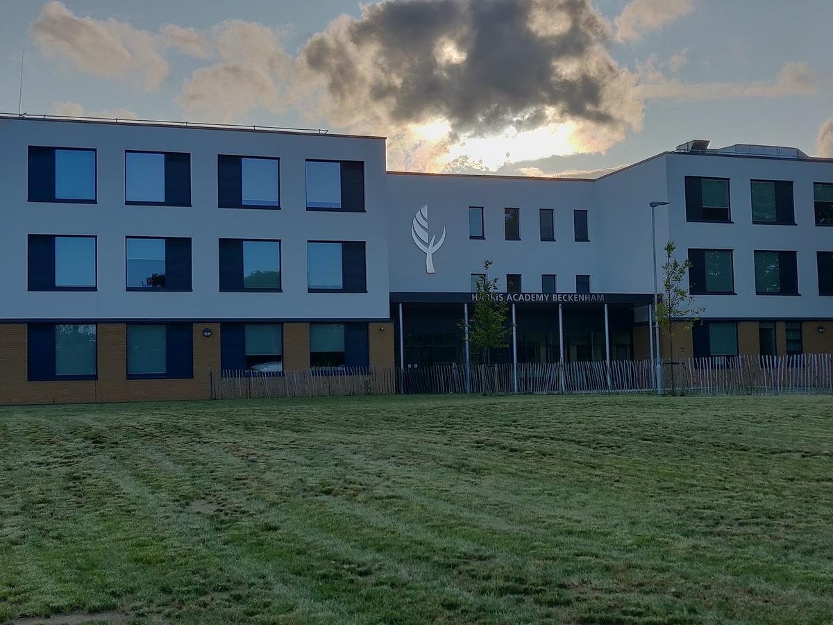 SLS @ Harris Academy Beckenham - Bromley - 2 - SchoolHire