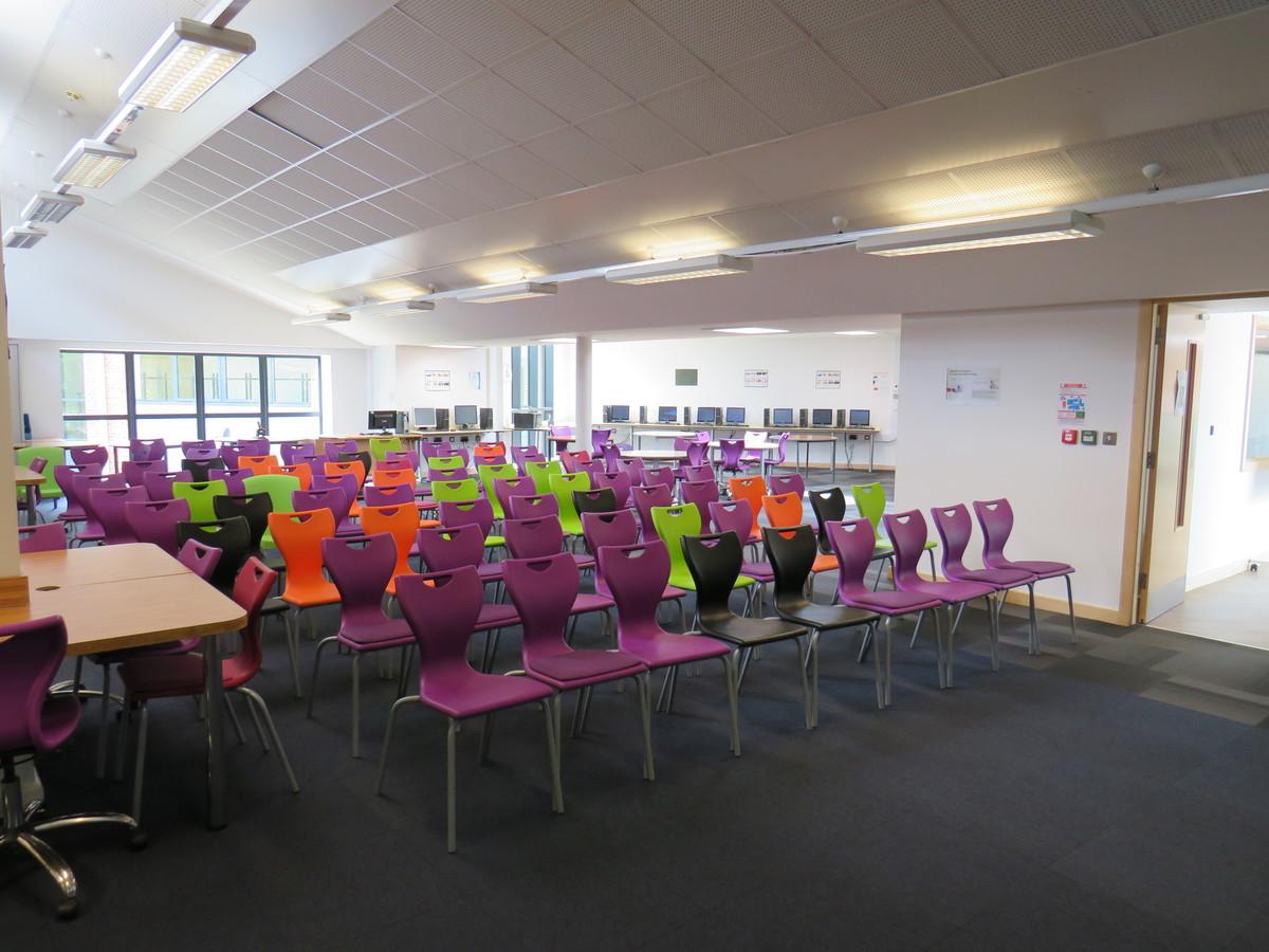 6th Form Quiet Room - St Clement Danes School - Hertfordshire - 3 - SchoolHire