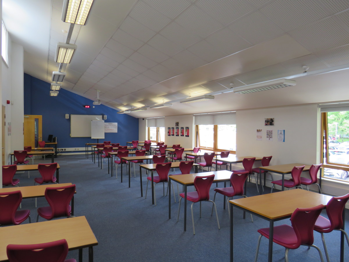 6th Form Silent Zone - St Clement Danes School - Hertfordshire - 1 - SchoolHire