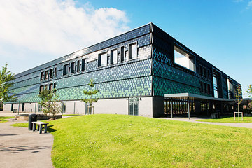 SLS @ Highfield Leadership Academy - Lancashire - 1 - SchoolHire