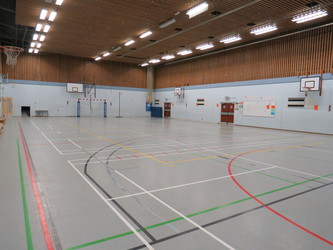 Sports Hall - St Clement Danes School - Hertfordshire - 1 - SchoolHire